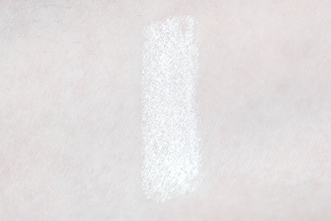 catrice made to stay highlighter pen swatch