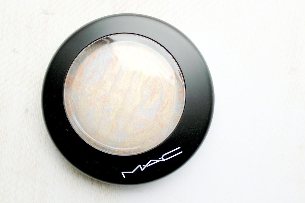 mac lightscapade review