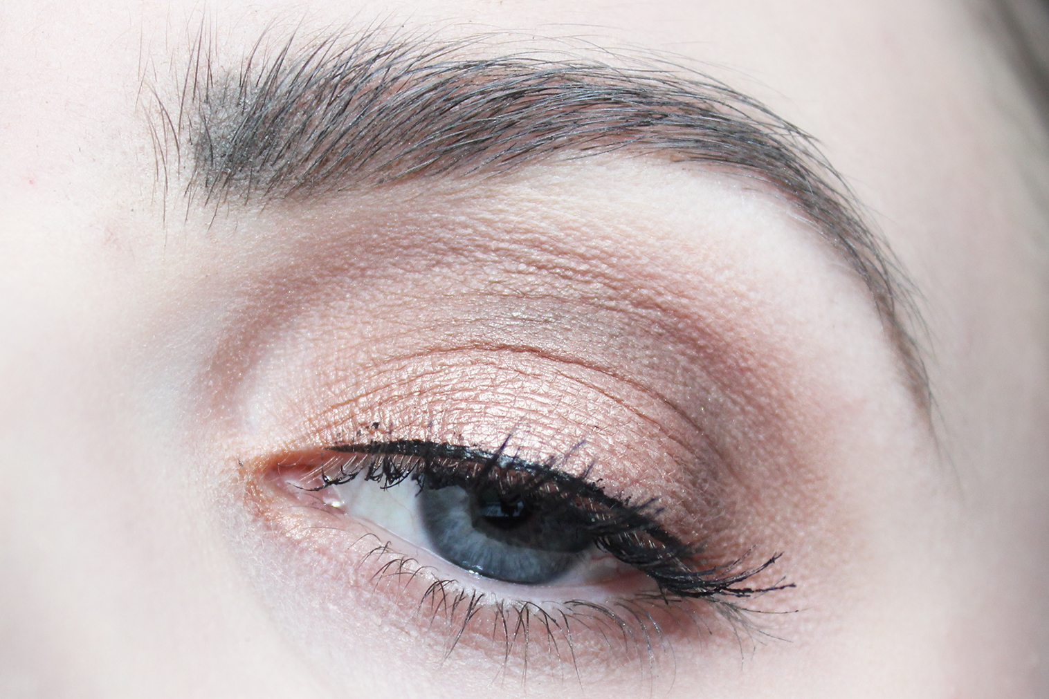 natural eyes too faced ooglook