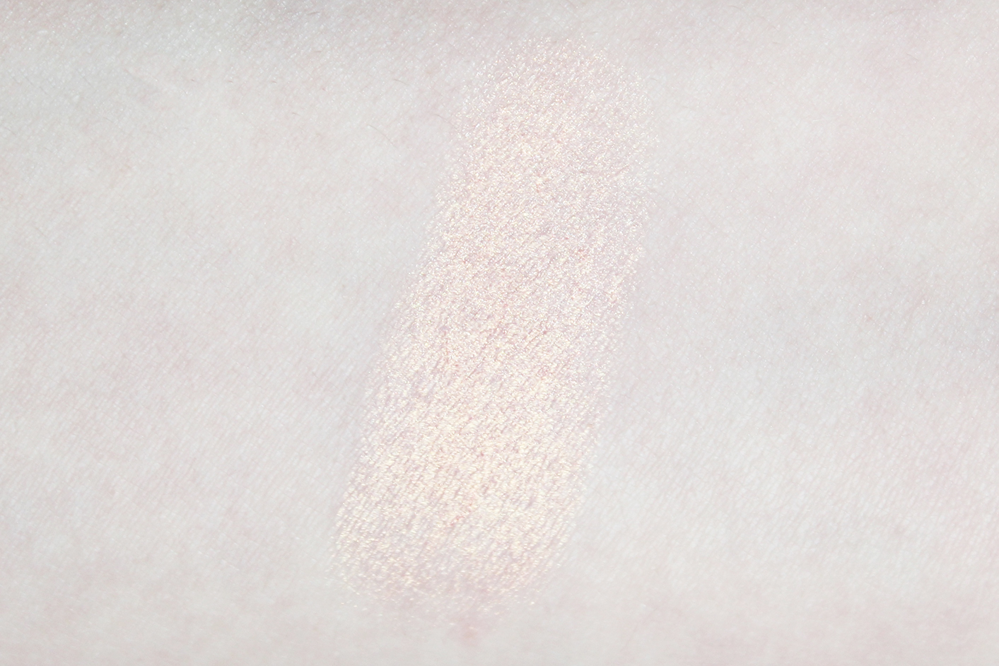 unicorn highlighter swatch too faced