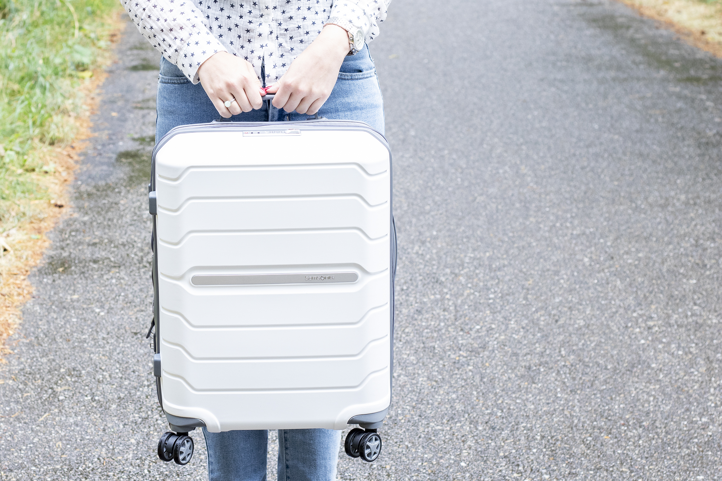 samsonite flux spinner review