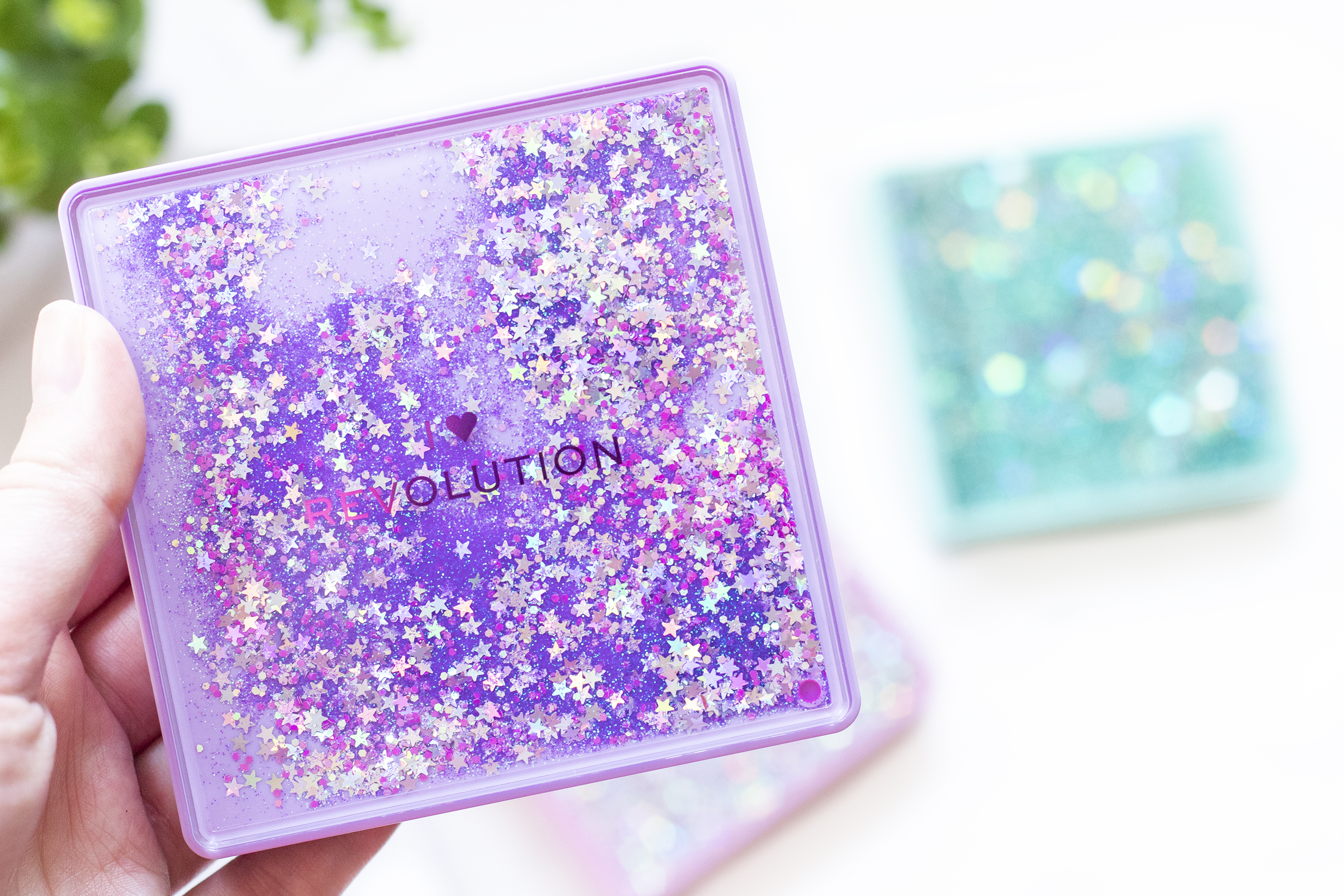 fortune seeker i heart revolution glitter palette review