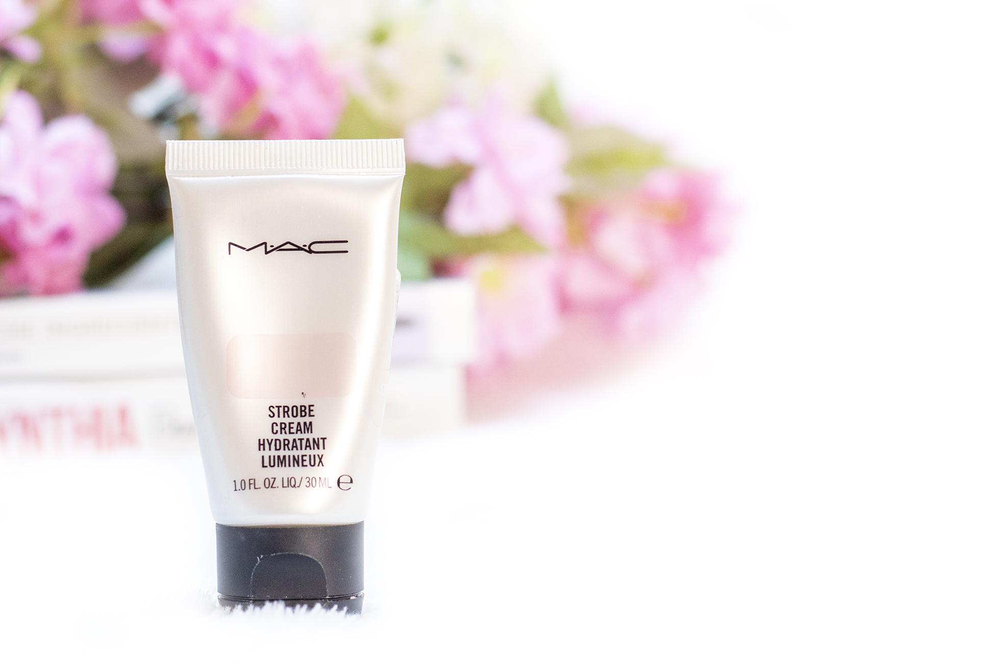 M.A.C strobe cream pink lite