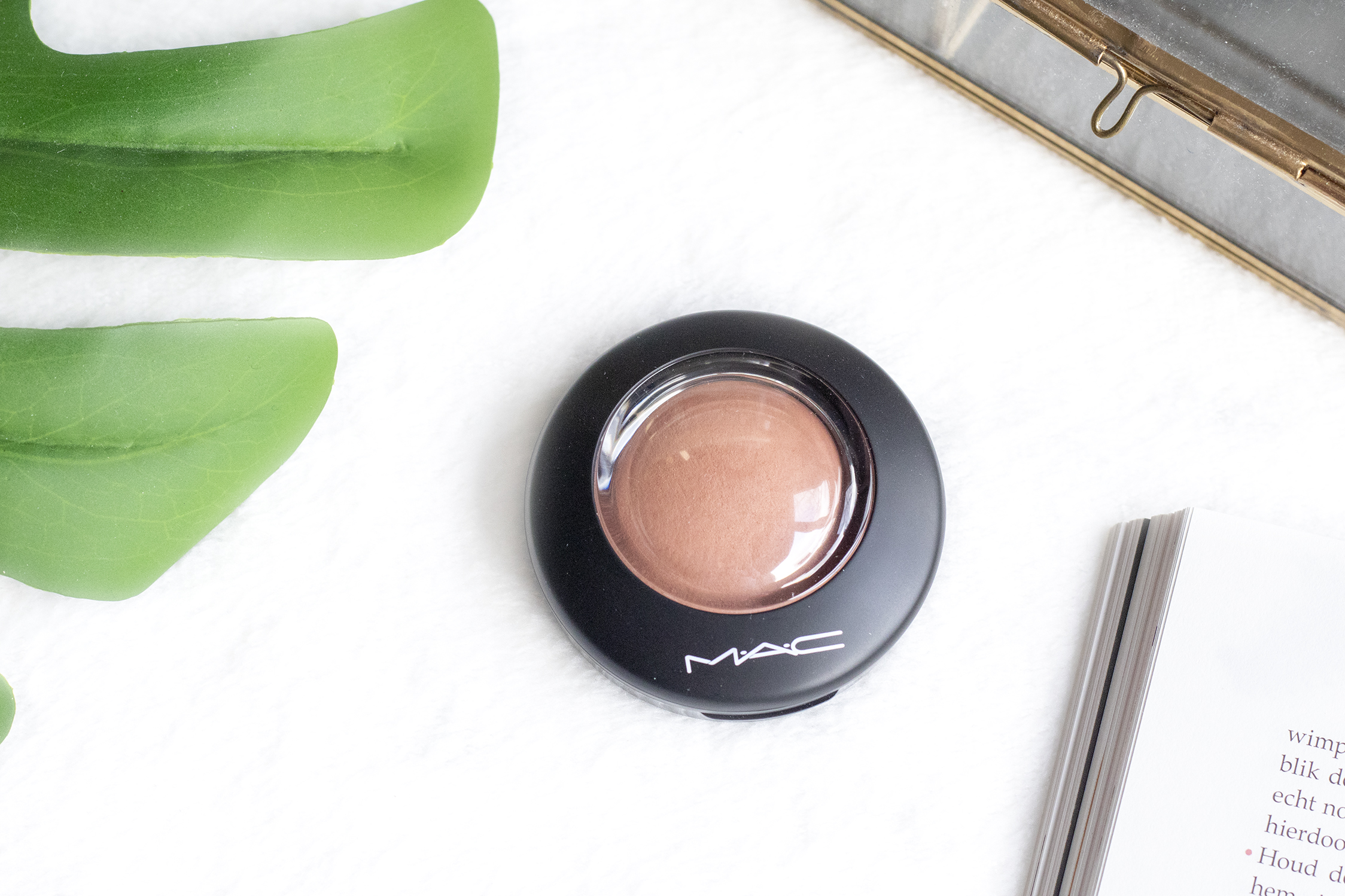 M.A.C Mineralize Blush Naturally Flawless review