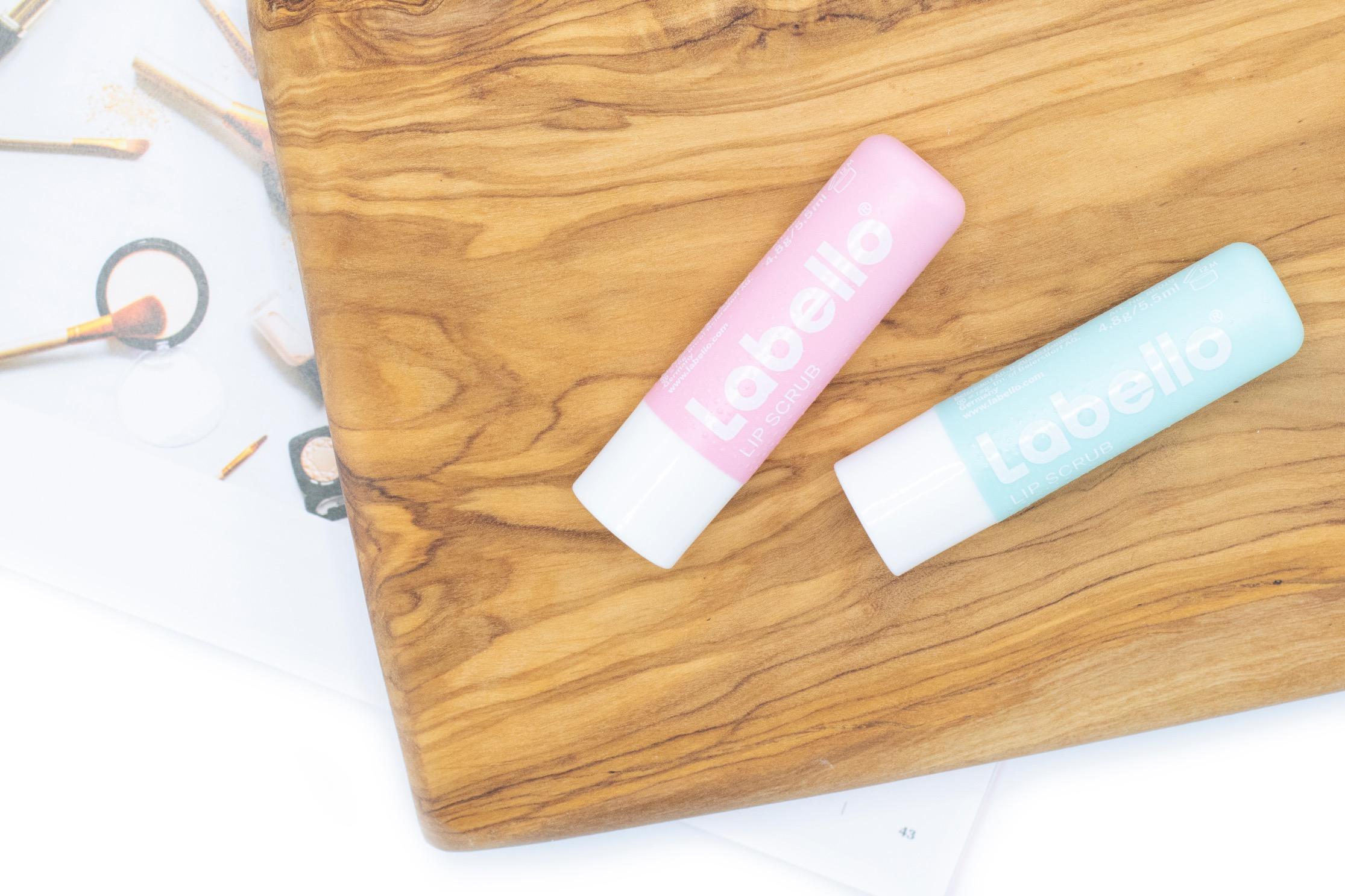 labello lipscrub  review
